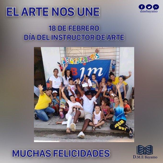 Felicitan autoridades cubanas a instructores de arte en su día