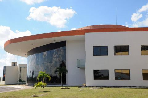 Centro de Estudios Avanzados de Cuba (CEA)