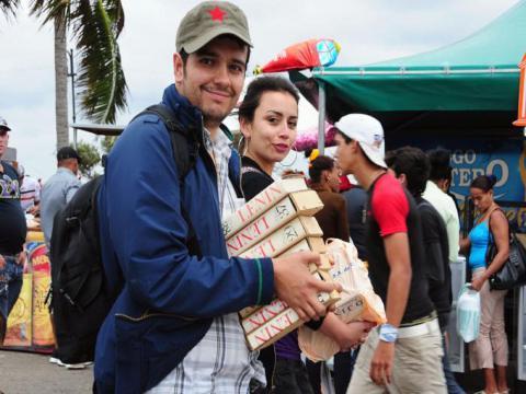 La Feria del Libro 2019, iniciada el pasado febrero en La Habana, llega hoy a Santiago de Cuba, donde concluirá el próximo domingo. Foto: Juvenal Balán
