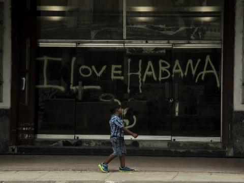 Temas que animan a querer caminar y a conocer a fondo a La Habana. (Claudia Yilén Paz / Cubahora)